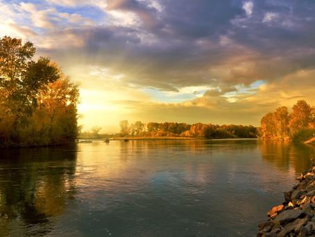 Staňme se řekou jakou toužíme na Zemi mít.