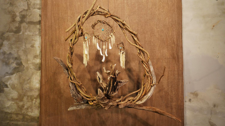 일월성신日月聖神만나다