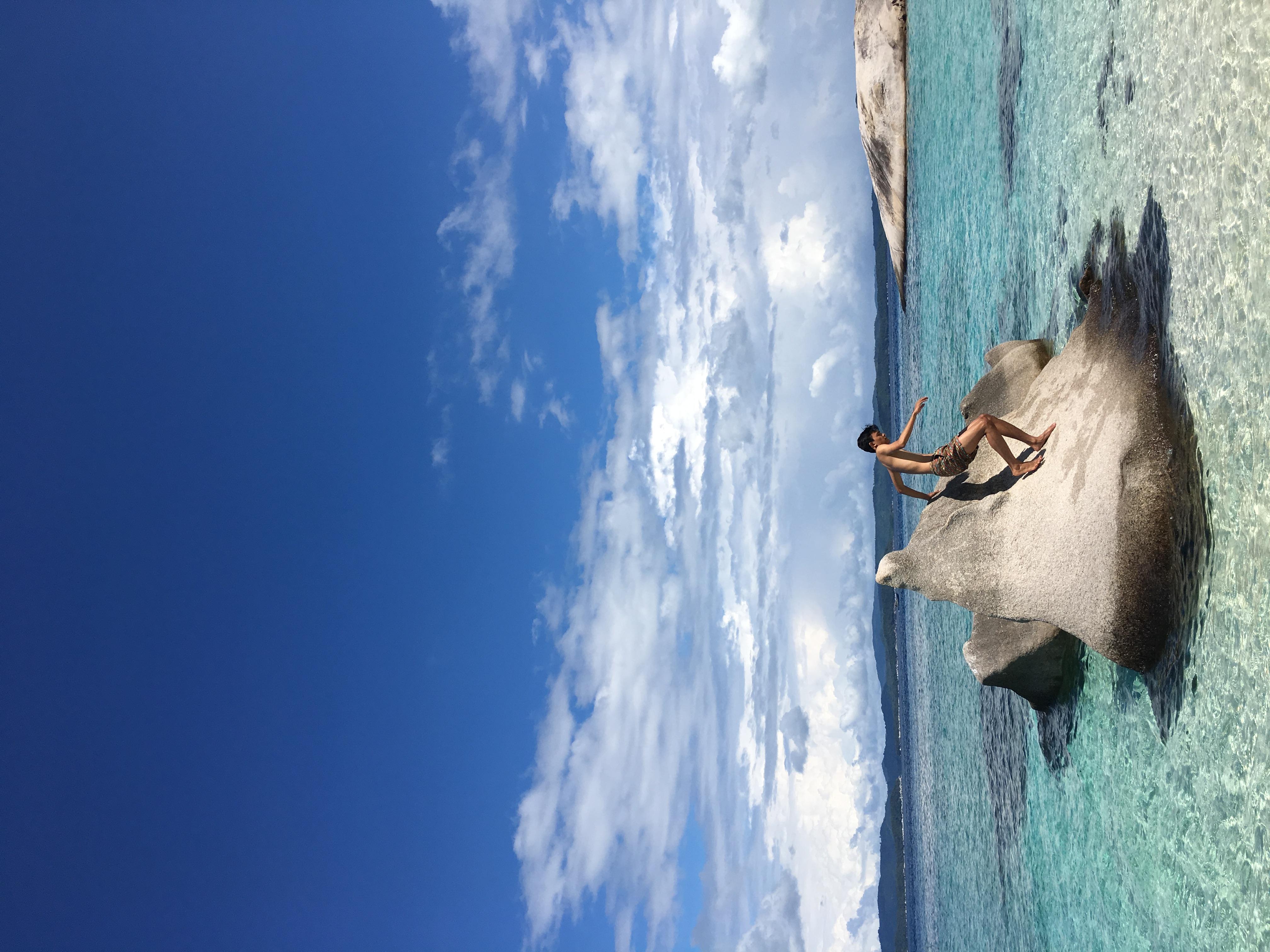 Wisata Ke Pulau Bawah (The Best Asia's Top Five Tropical Island Paradise Cnn.com)