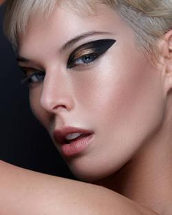 grafik eyeliner