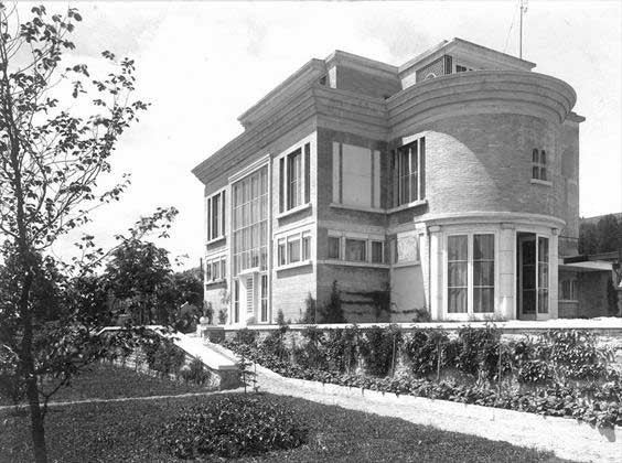Villa Schwob, La Chaux-de-Fonds Switzerland (1916)  Le Corbusier  Image © Fondation Le Corbusier-ADAGP