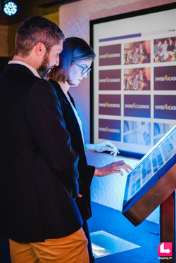"""Touchscreen 32"""" Eventspiel Eventgame"""