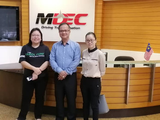 ECAM马来西亚电子商务总商会与MDEC电子商务部中小企主任冯璻玲进行愉快的交流