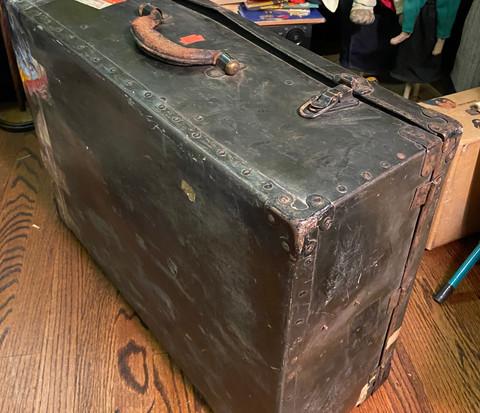 Original Puppet Case