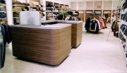 kelly's kledingzaak