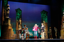 Decor theater Legally Blonde