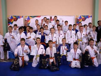 Второй этап Лиги АВРОРА. На старте самые младшие и самые  старшие