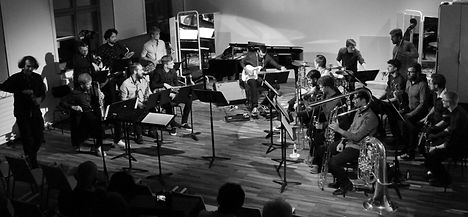 Oumuamua Orchestra Bild.jpg