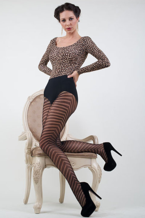 KILLER LEGS Lady's Plus Sized Fishnet Tights (Queen Size)