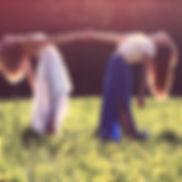 girls-839809_1920.jpg