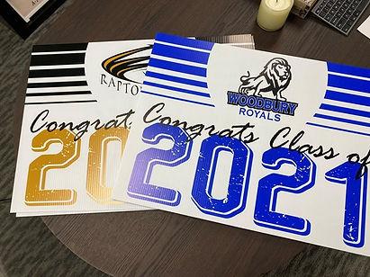 2021-senior-signs.jpg