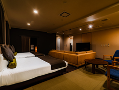 Susukino_Suites_ラグジュアリースイート02.webp