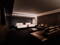 大阪スイーツ_最上階エグゼクティブペントハウス_客室イメージ1