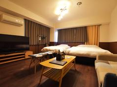 東京クラシック_ジュニアスイート_リビング・ベッドルーム3