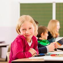 блондинка студент