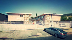 LOS ANGELES, CA - APARTMENT BUILDING