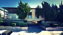 TUJUNGA, CA - APARTMENT BUILDING