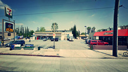 NORTH HOLLYWOOD, CA - RETAIL CENTER