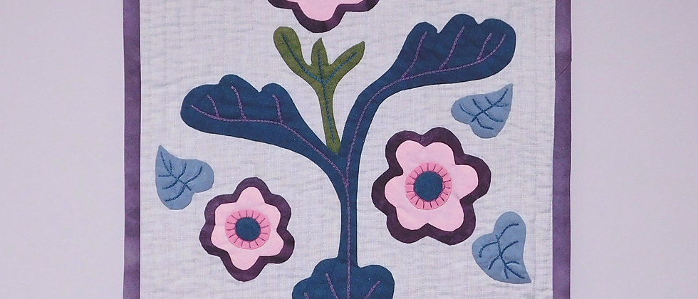 Flowers in the breeze - Wall Hanging