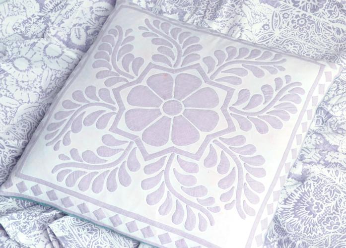 Violet Pearl Cushion pattern
