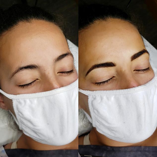 Combo brow ( microblading and powder brow)
