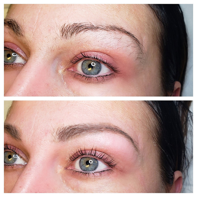 Eyebrow wax and powder fill in