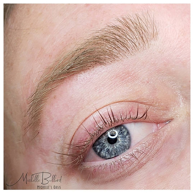Brow tint, Eyebrow wax & Lash Lift