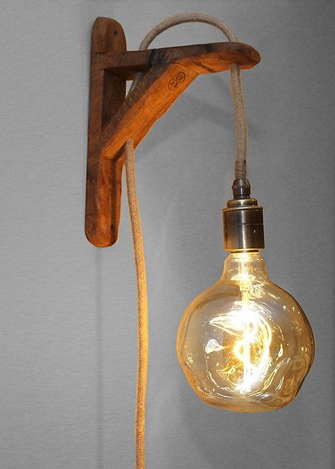 Tua Wall Lamp (Single)