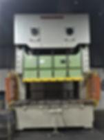 Chin fong 320 ton.jpg