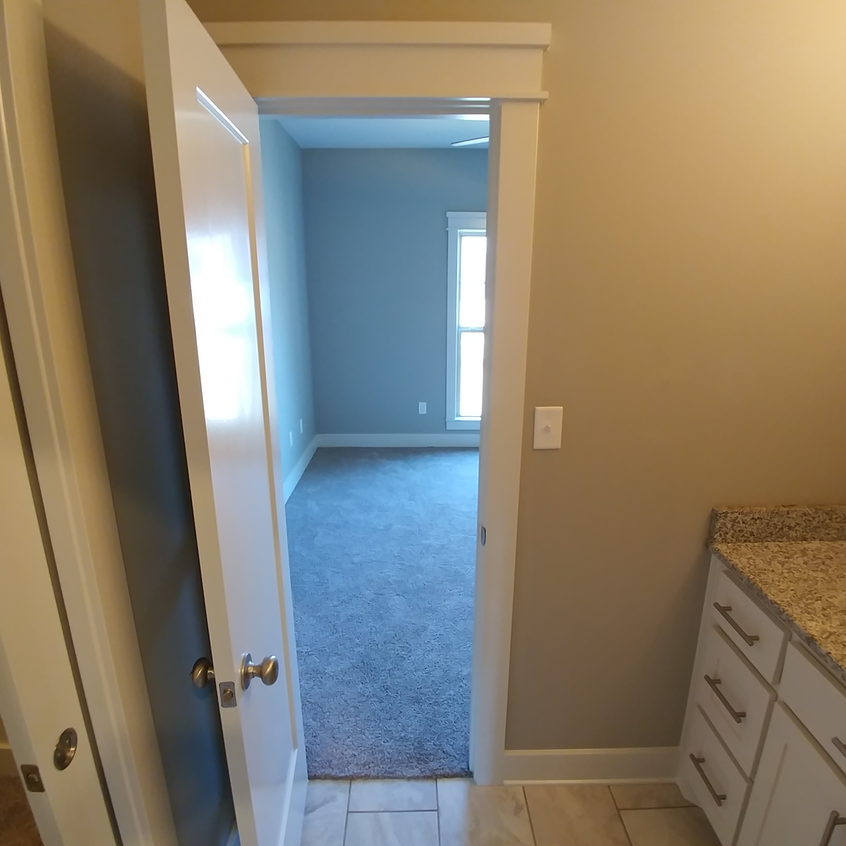 1530 Winterbrook Drive - Bathroom