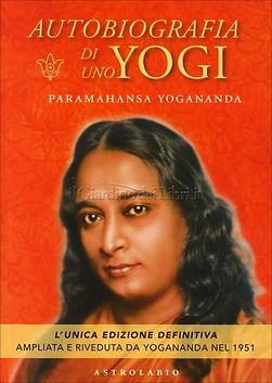 autobiografia-di-uno-yogi-libro-yoganand