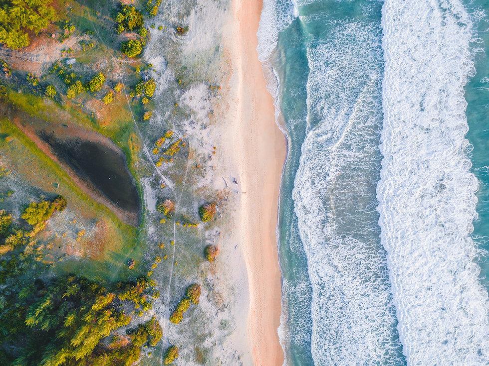aerial-view-of-beach-4033578-2.jpg