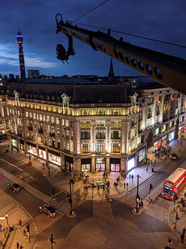 Jimmy Jib Triange Pro overlooking Oxford Circus at night