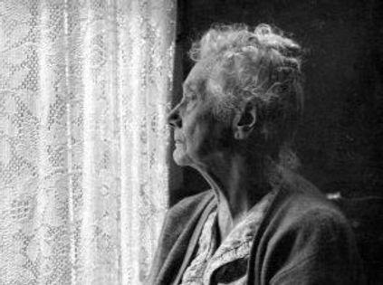 ElderlyWomanBW-e1465493393656_edited.jpg