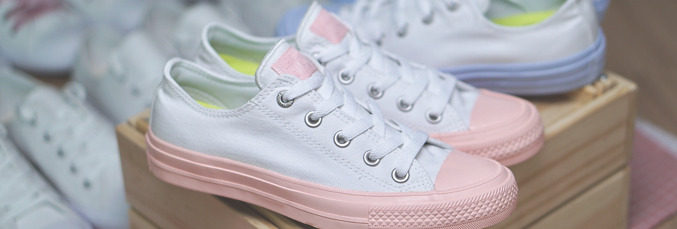 Converse Chuck II Pastel Midsole Collection