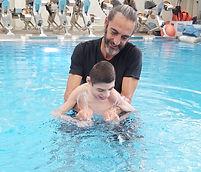 שחיה שיקומית לילדים