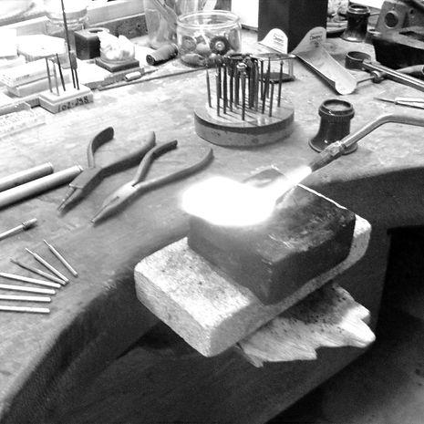 Atelier-joaillerie-denis-skrok.jpeg