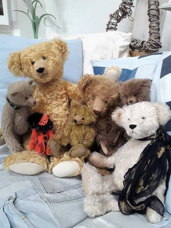 Janet's Bears - 2.jpg