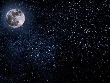La luna: representaciones, mitos y su influencia en la vida cotidiana.