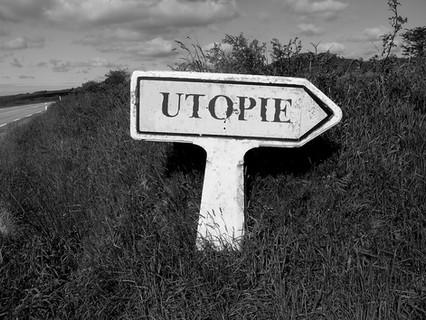 La utopía: soñar para seguir caminando, ¿también en la política?