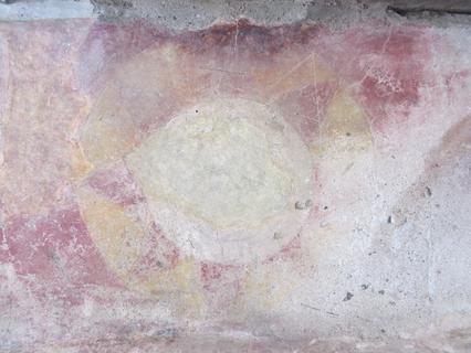 Tres pinturas murales in situ en la sección sur del Conjunto del Sol N3E1, Teotihuacán