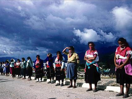 El Ejército Zapatista de Liberación Nacional (EZLN) y la tercera oleada en América Latina: ¿ruptura