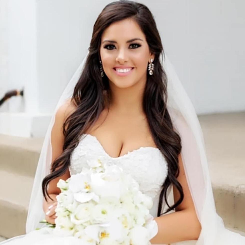 Claire 3 Photo By Perez Weddings.jpg