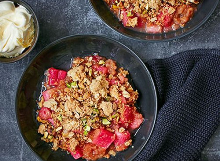 Rhubarb & Ginger Crumble