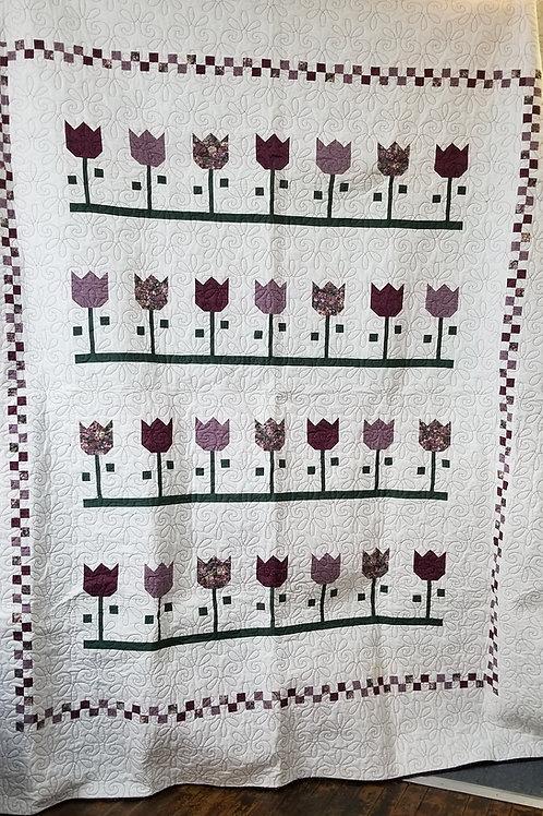 """Tulip quilt- 78"""" x 90"""""""