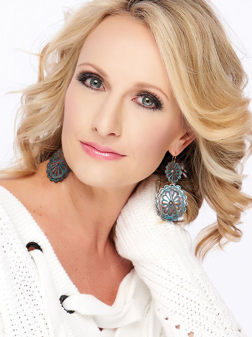 Mrs. Kentucky Laura-Ann Benkahla
