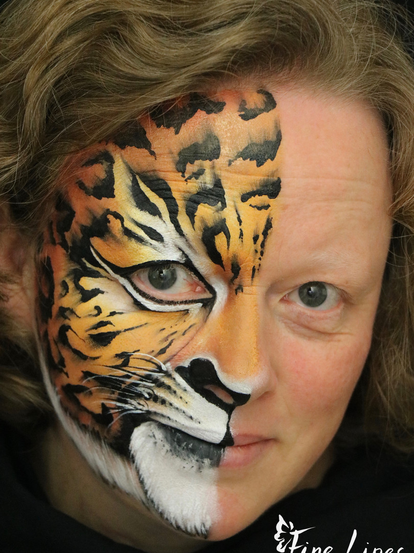 leopard face painting