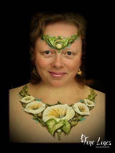 Flower jewellery body painting