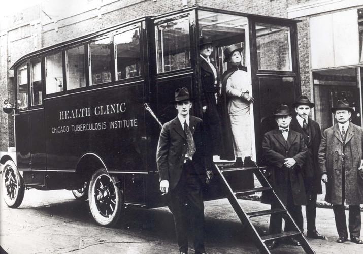 Health clinic truck 1905
