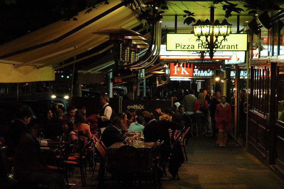 Lygon_Street,_Carlton_at_night.jpg